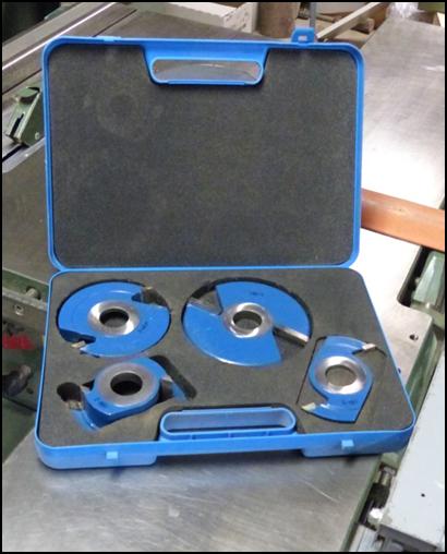 Coffret d'outils de toupie pour placard