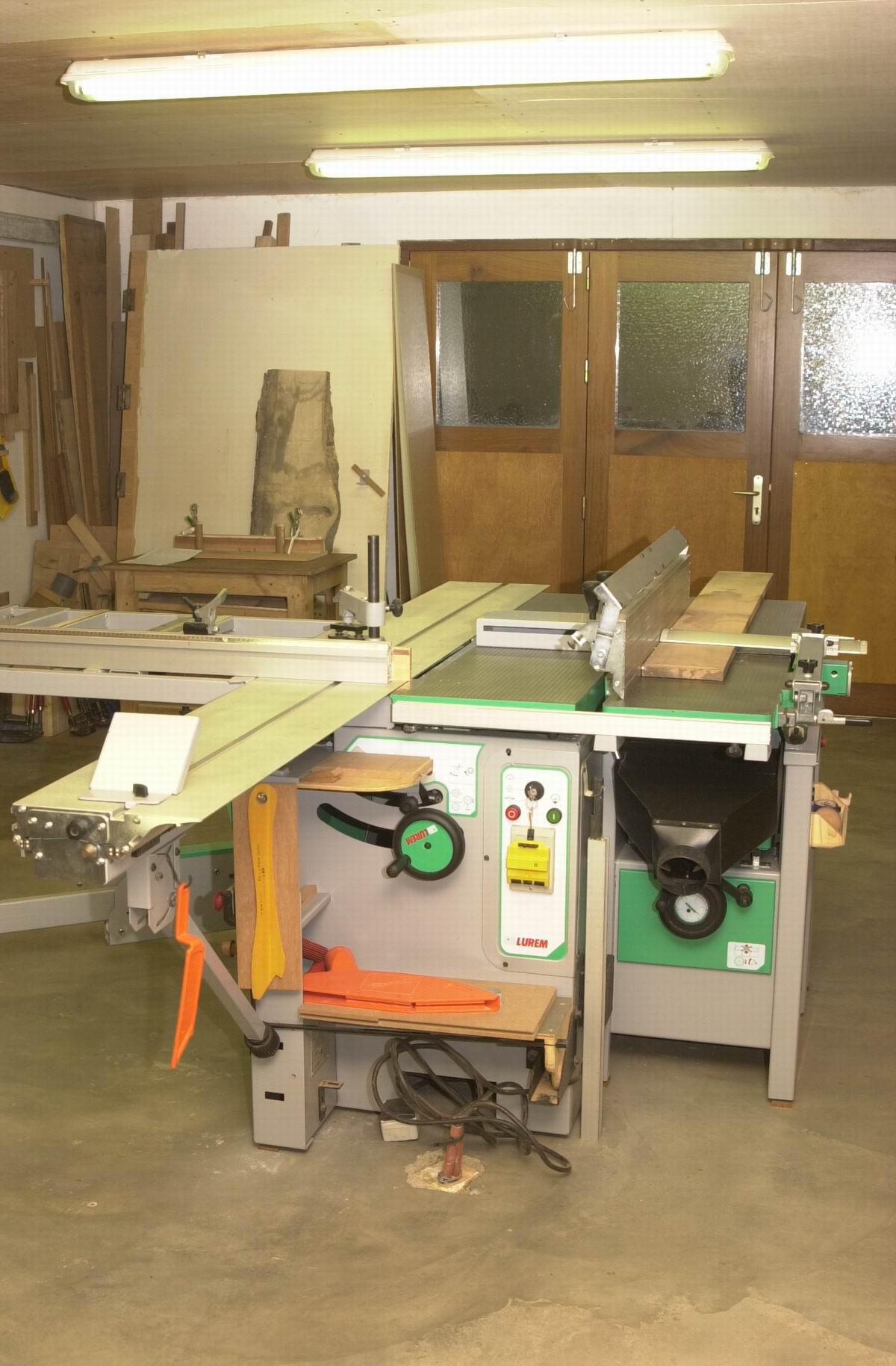 pisode 2 la machine l 39 atelier bois le bouvet. Black Bedroom Furniture Sets. Home Design Ideas