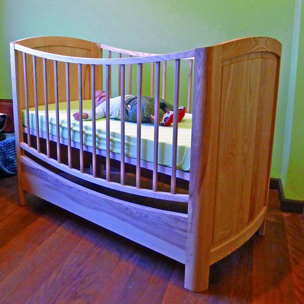 un lit d 39 enfant le lit d 39 ywen bois le bouvet. Black Bedroom Furniture Sets. Home Design Ideas