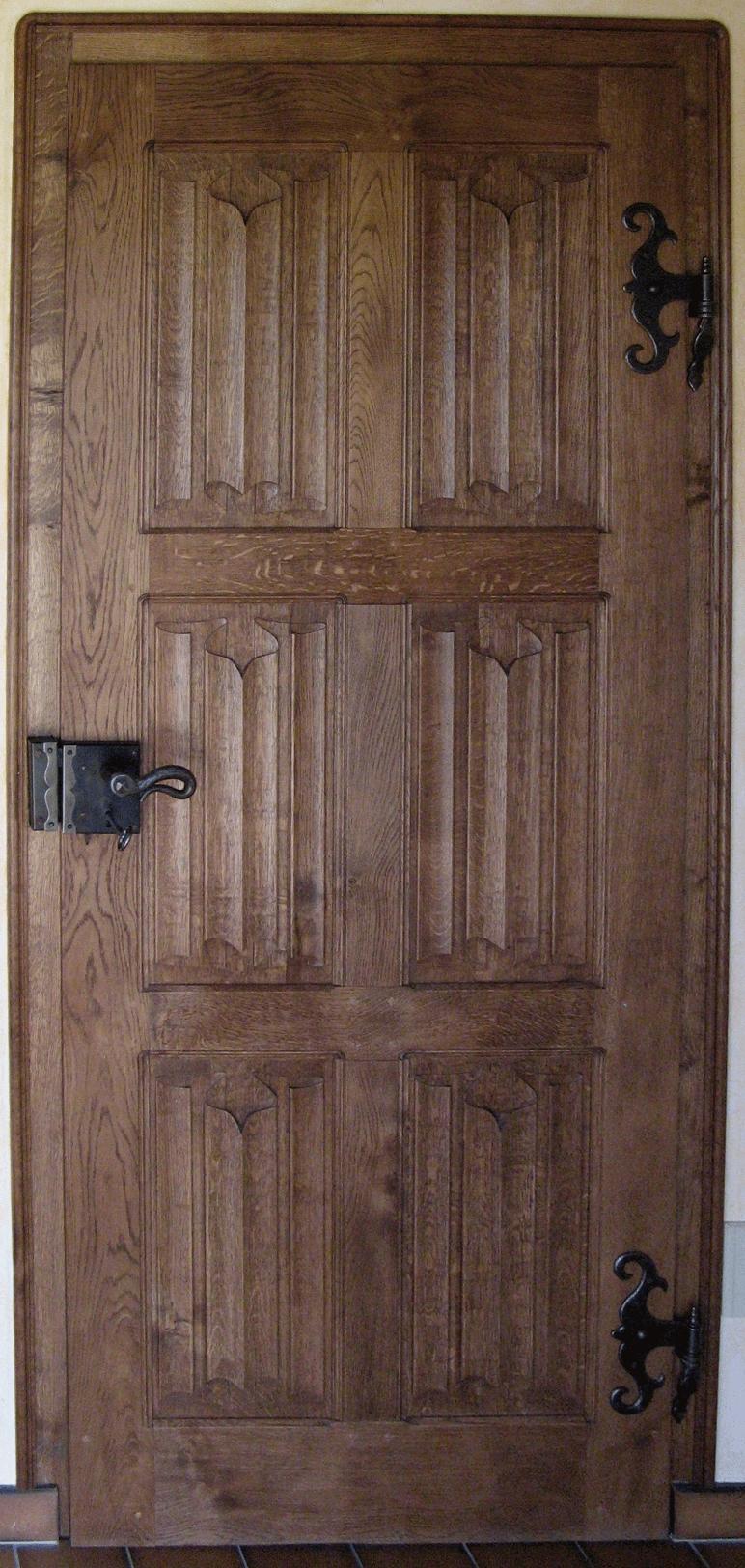 Une porte panneaux plis de serviette bois le bouvet for Porte a bois