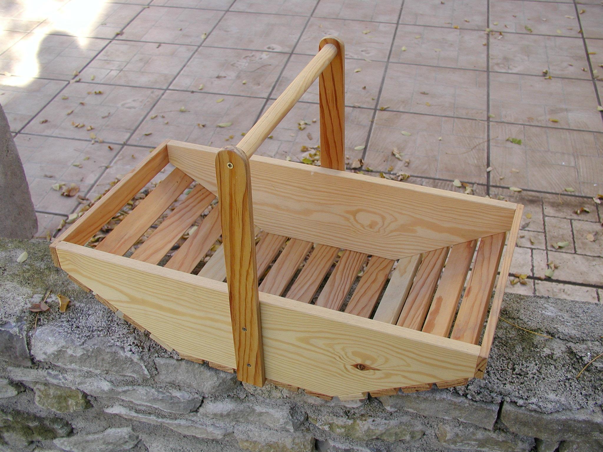 Un kiosque de marchande bois le bouvet - Modele de kiosque en bois ...