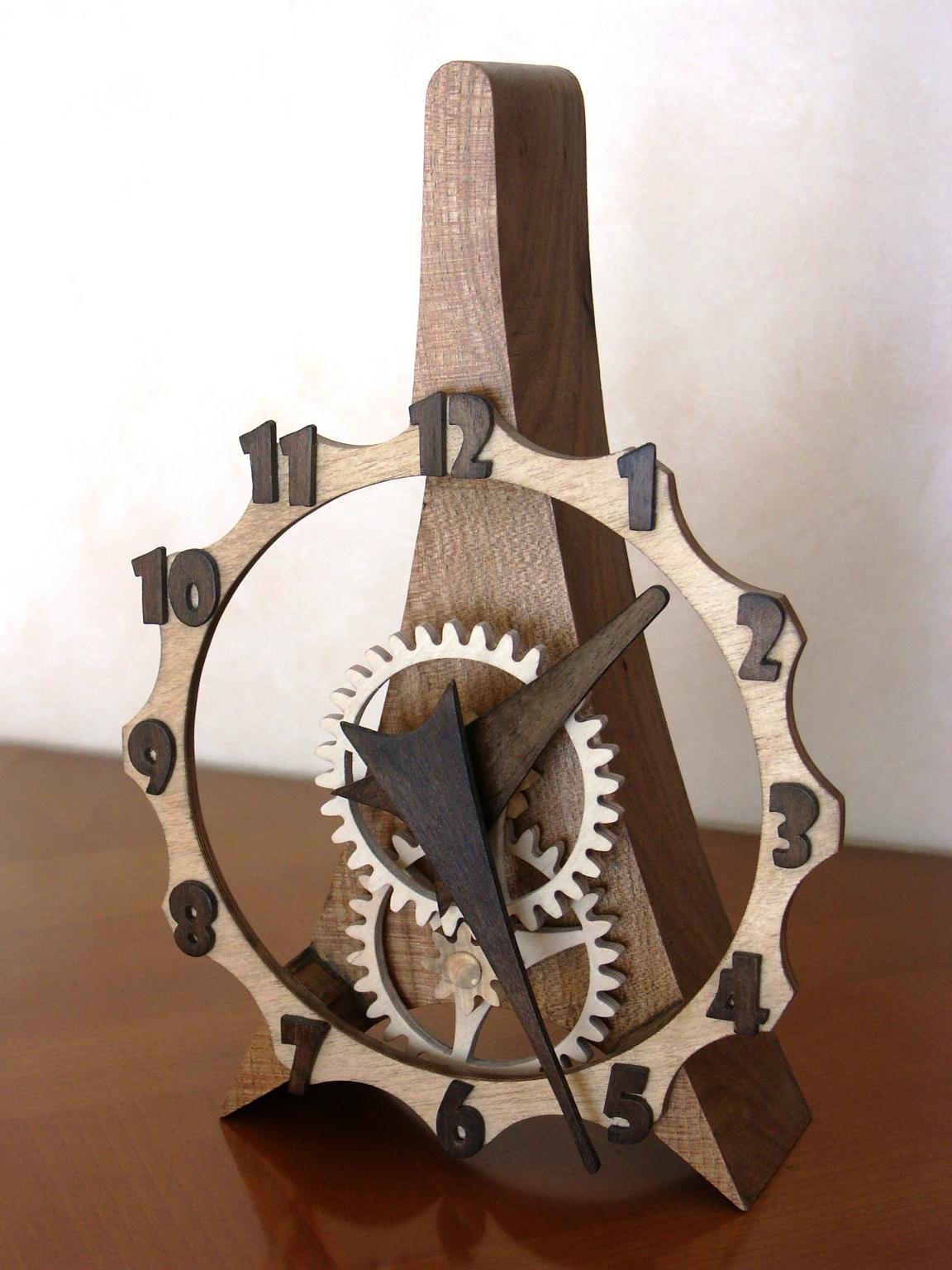 Une horloge tout en bois !  Bois+ Le Bouvet ~ Horloge En Bois
