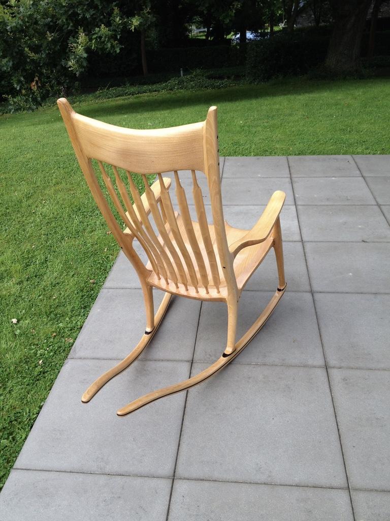 un rocking chair en h tre bois le bouvet. Black Bedroom Furniture Sets. Home Design Ideas