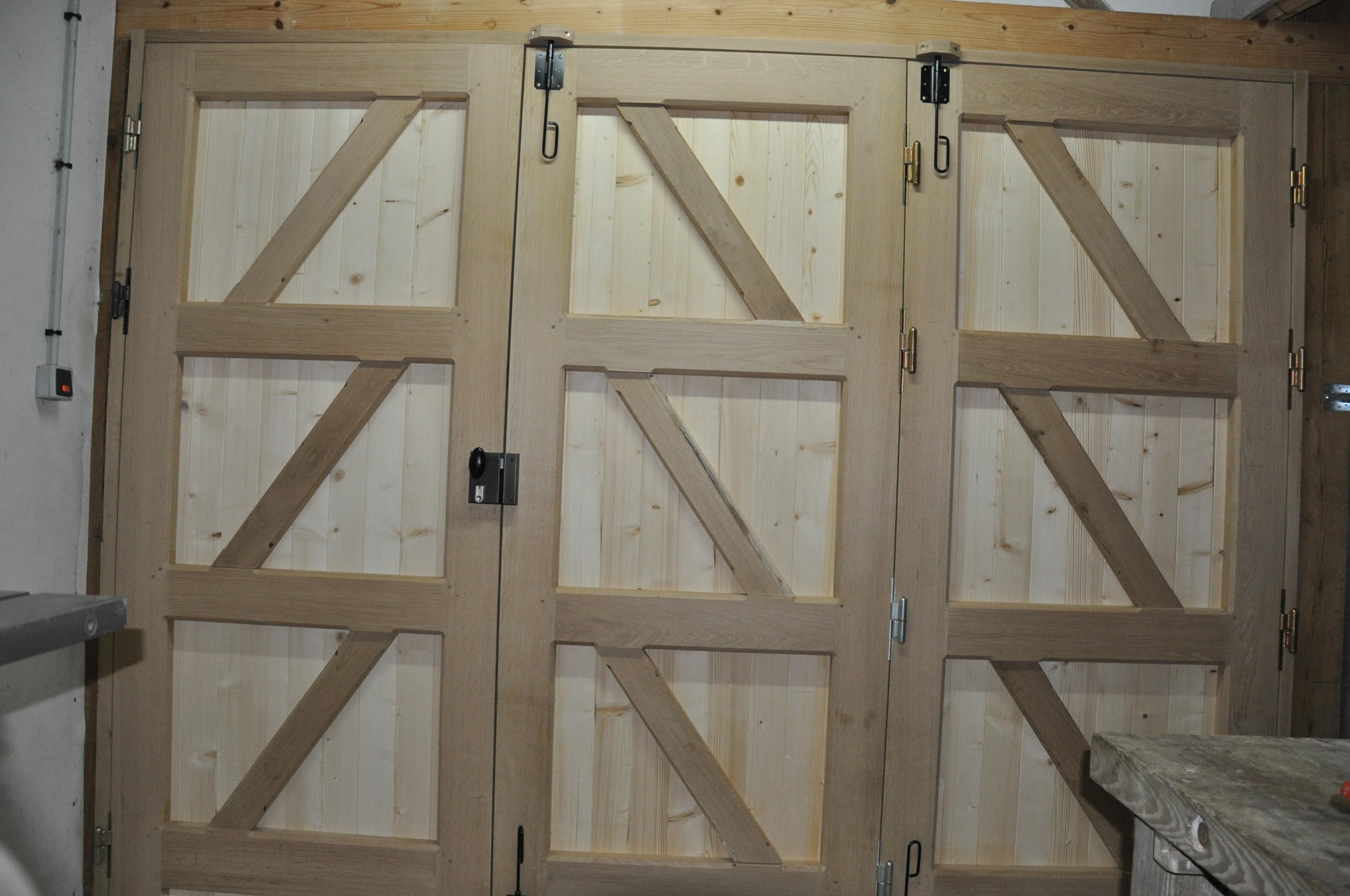 Fabriquer Une Porte De Garage En Bois fabrication d 39 une porte de garage hangar coulissante  # Fabriquer Une Porte De Garage En Bois