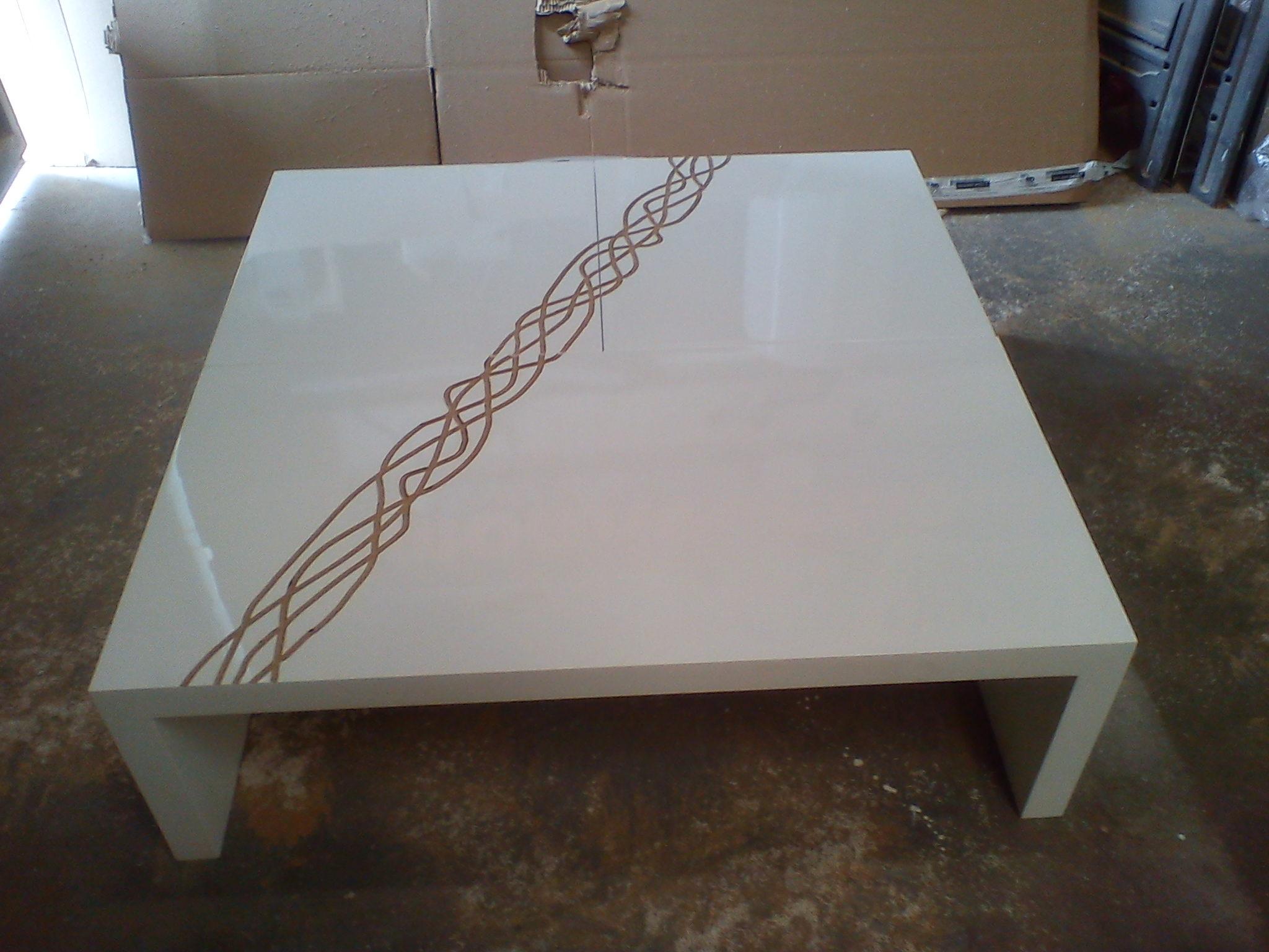 une table basse simple et design bois le bouvet. Black Bedroom Furniture Sets. Home Design Ideas