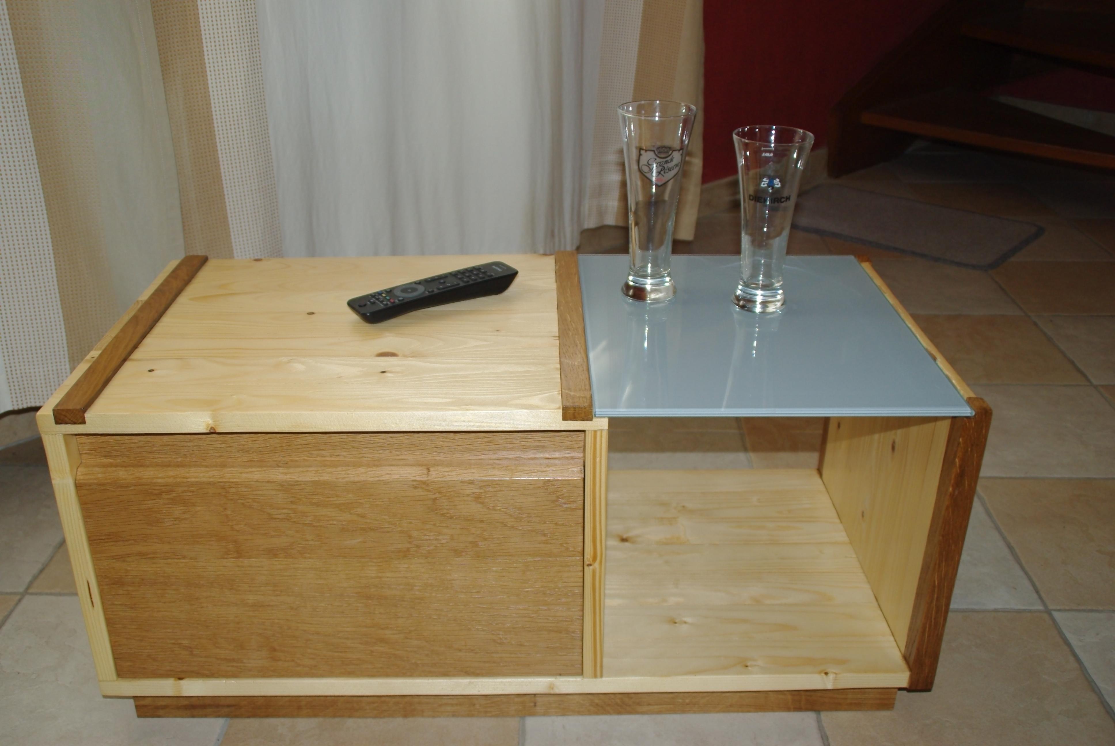 une table basse simple et pratique bois le bouvet. Black Bedroom Furniture Sets. Home Design Ideas