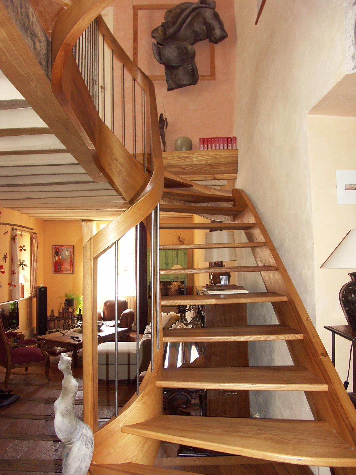 Escalier d billard en orme bois le bouvet - Escalier debillarde ...