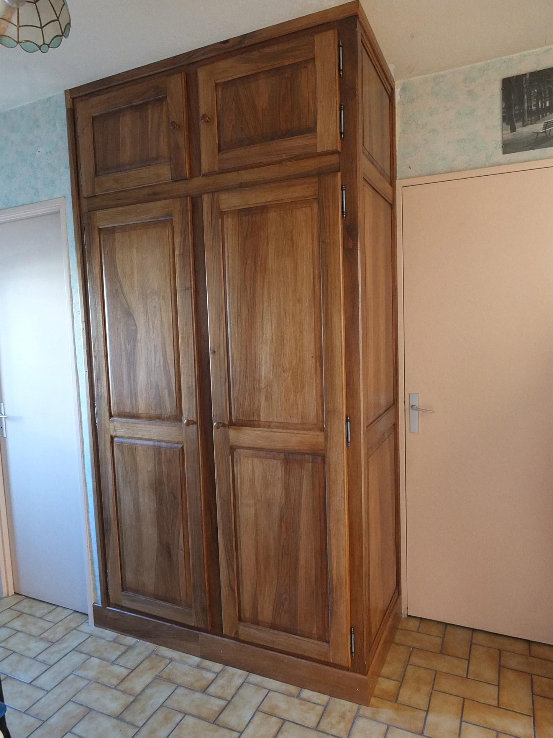 Placard D 39 Un Couloir D 39 Entr E Bois Le Bouvet