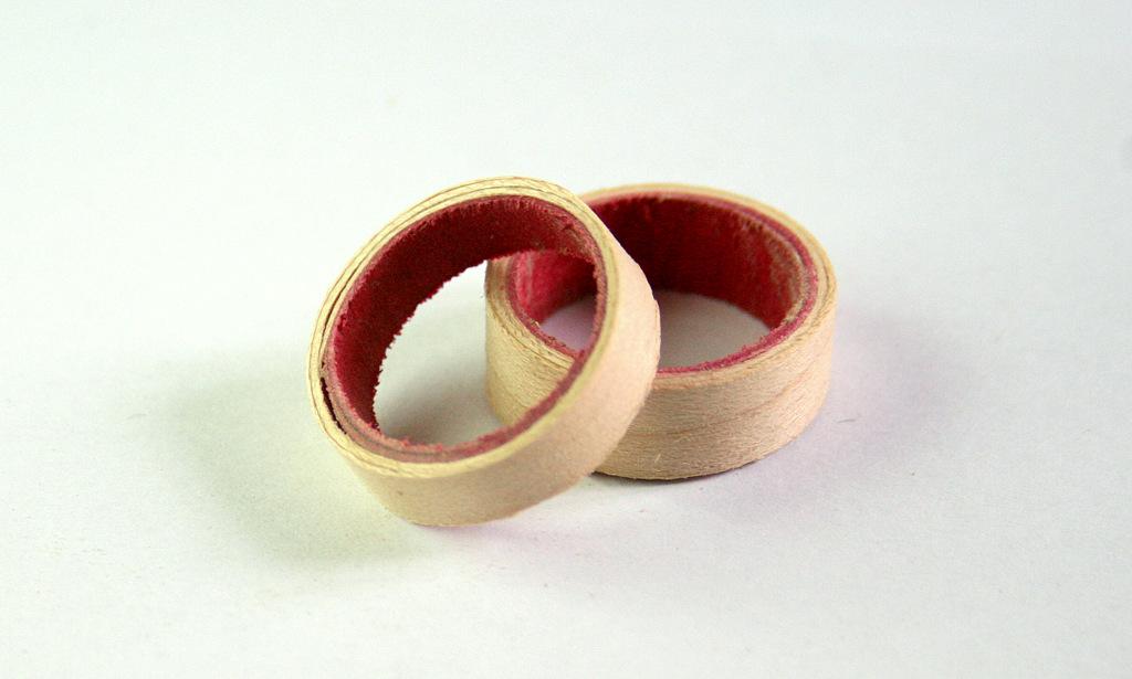Anneau-fin-inter-rouge
