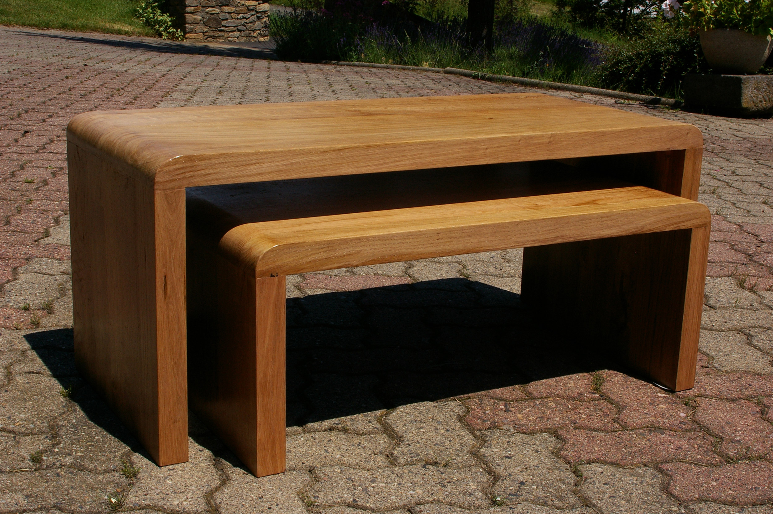 meuble tv gigogne meubles de design d 39 inspiration pour la t l vision et d 39 autres. Black Bedroom Furniture Sets. Home Design Ideas