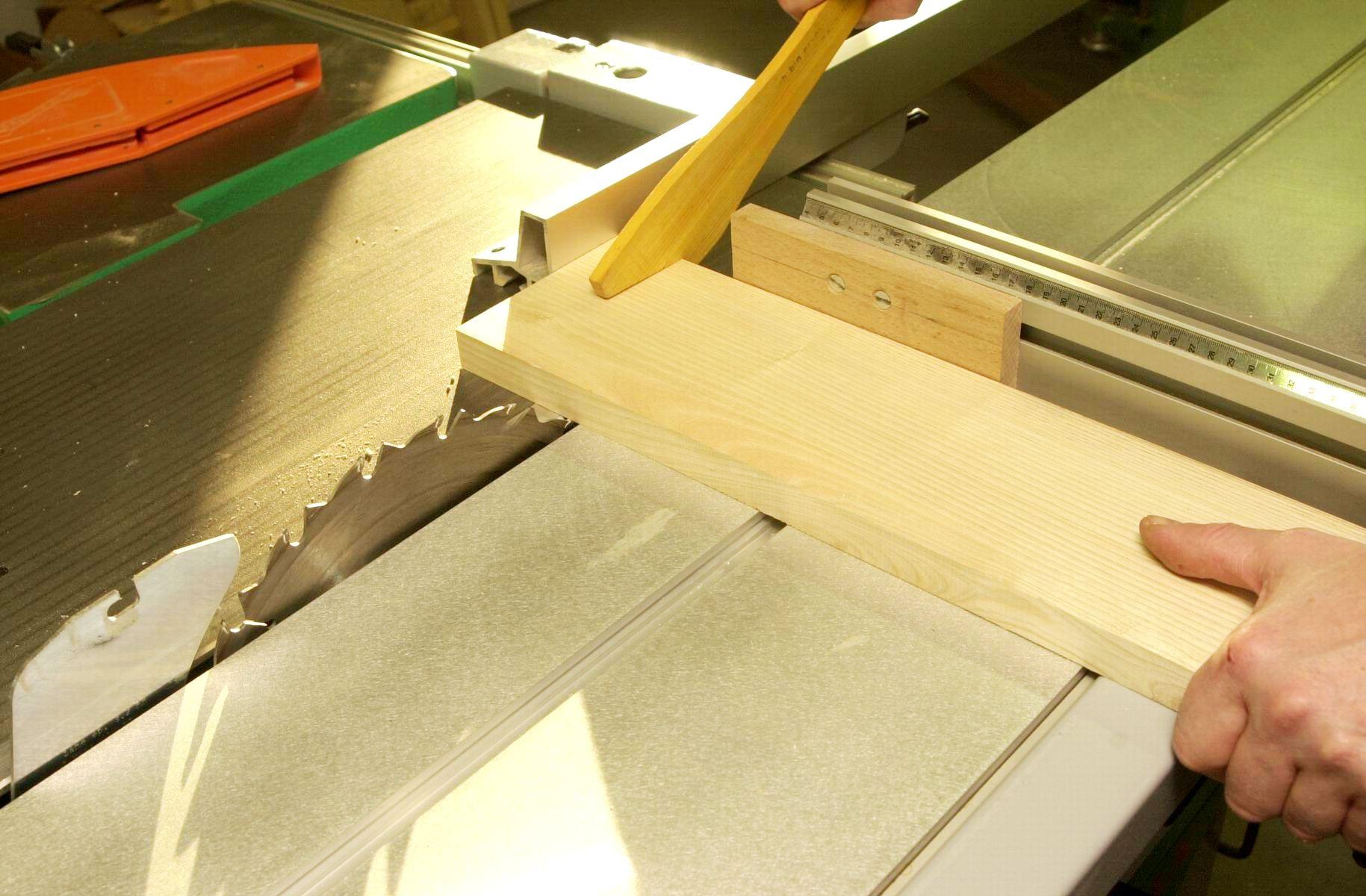 Pisode 3 l 39 outillage bois le bouvet - Travail du bois pour debutant ...