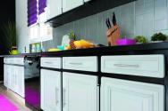 v33 une peinture pour le relooking des meubles de cuisine bois le bouvet. Black Bedroom Furniture Sets. Home Design Ideas