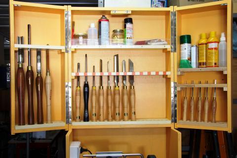 Ateliers des lecteurs l 39 espace tournage de claude bois le bouvet - Rangement pour outils bricolage ...