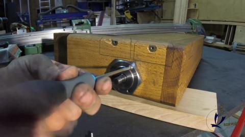 Travail du métal : fabriquer une presse d'établi, mise en place de la bague de maintien