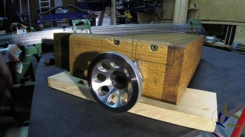 Travail du métal : fabriquer une presse d'établi, mise en place du volant