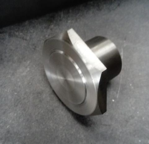 Travail du métal : fabriquer une presse d'établi, bague de maintien