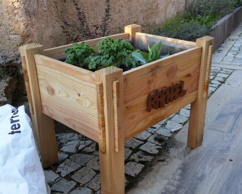 Boisplus-50-Jardiniere-enfant