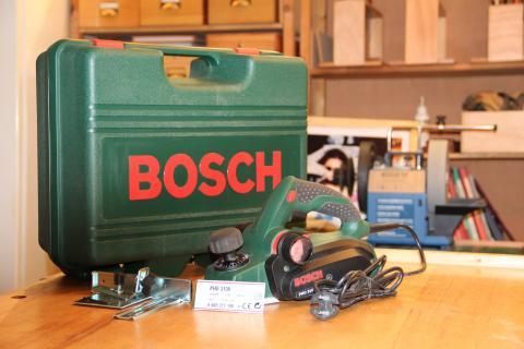 Rabot électrique Bosch PHO 3100