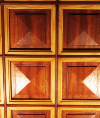 Plafond à pointes de diamant, vue de détail