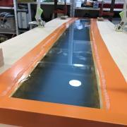 Un bureau façon « river table » pas-à-pas - Après la coulée de la troisième et dernière strate