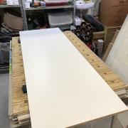 Un bureau façon « river table » pas-à-pas - Mélaminé de 18 mm, fond de coffrage