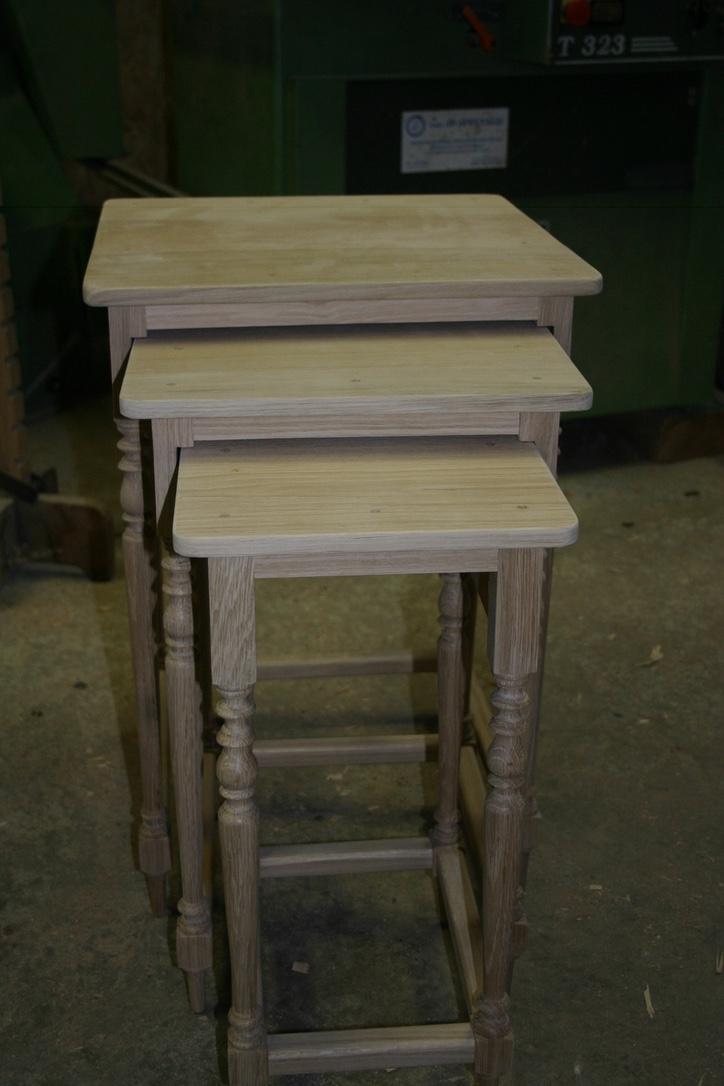 des tables gigognes bois le bouvet. Black Bedroom Furniture Sets. Home Design Ideas